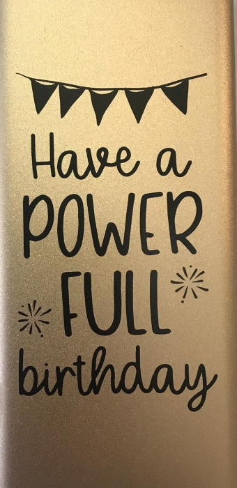 Powerbank - Have a power full birthday bij debadeend.nl