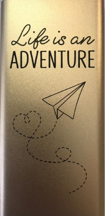 Powerbank - Life is an adventure - 5.000 mAh bij debadeend.nl