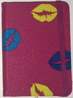 Notitieboekje Kisses - 160 pagina's - Roze bij debadeend.nl