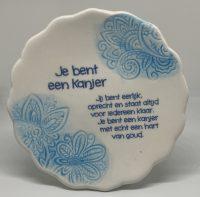 Tegelmagneet met leuke spreuk - Je bent een kanjer - Blauw bij debadeend.nl
